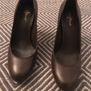 Brown Cole Haan platform pump
